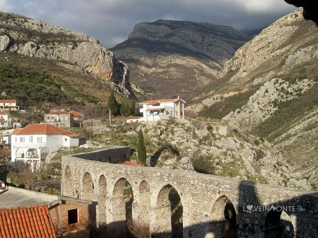 Акведук Старый Бар