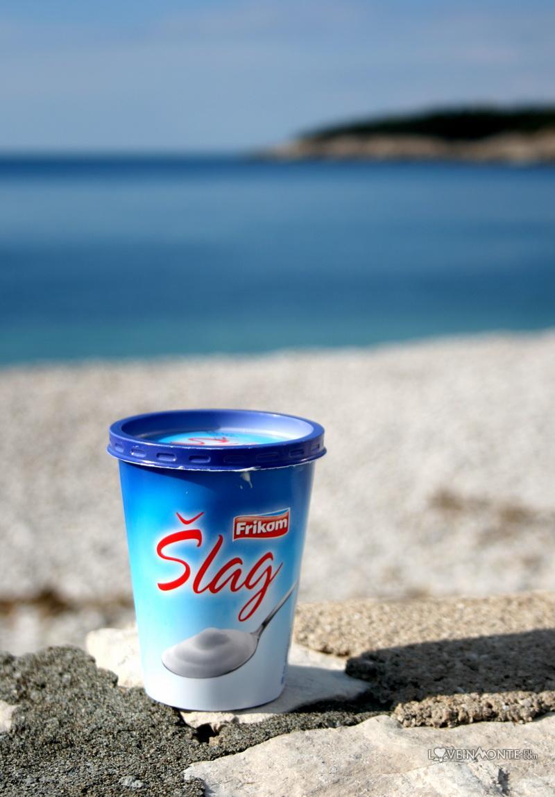 Вкусное черногорское мороженое