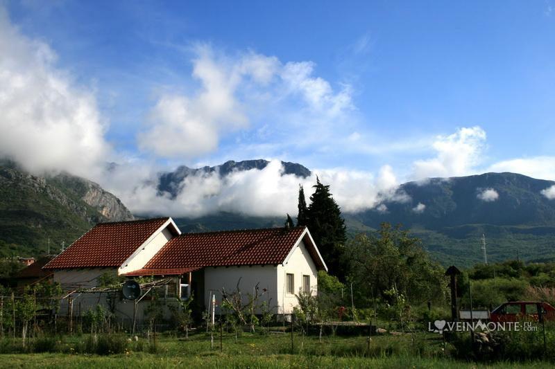 Облака в горах Бар Черногория