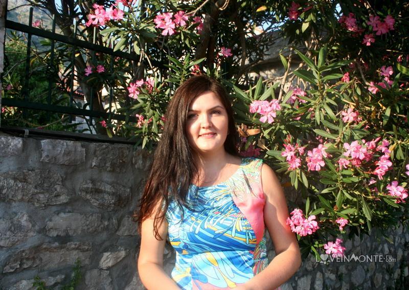 Цветы в июле в Черногории