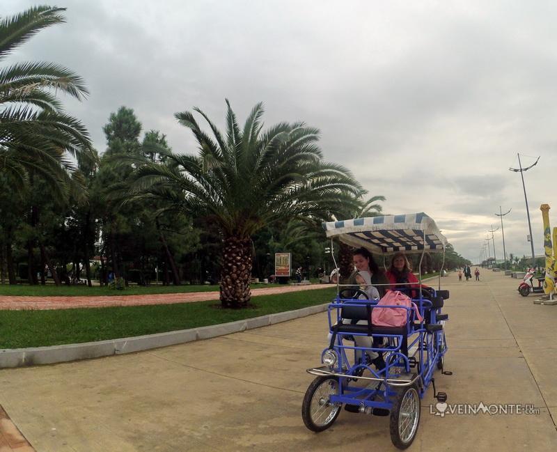 Бульвар в Батуми